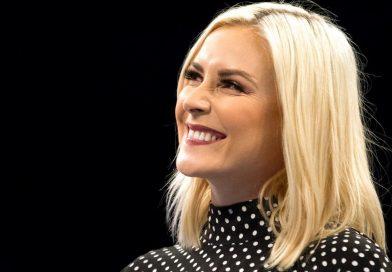 Renee Paquette critica duramente l'apparizione di The Undertaker al concerto di Pitbull