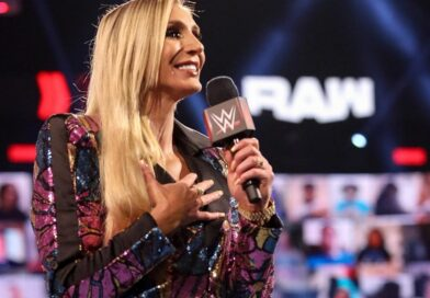 WWE: Multa e sospensione per Charlotte Flair *SPOILER*