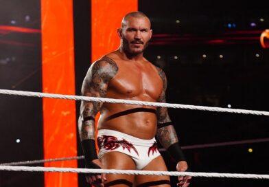 WWE: Randy Orton racconta che il primo incontro con Riddle non fu affatto positivo