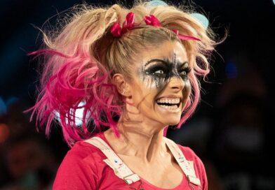 WWE: Alexa Bliss si scaglia contro Dave Meltzer