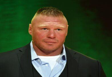 Brock Lesnar si mostra con un cappello da Cowboy *FOTO*