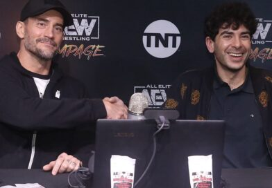 AEW: Tony Khan entusiasta per le vendite di merchandising di CM Punk