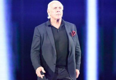 WWE: La WWE prende le distanze da Ric Flair