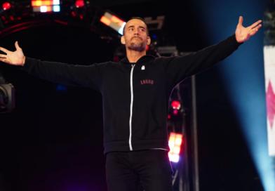 AEW: Ecco il ring attire di CM Punk a Rampage *FOTO*